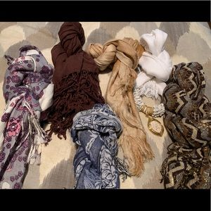 Accessories - Collection of 8 Scarves (By Bunch)- NEW/UWT